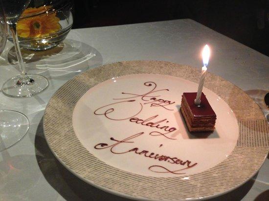 Waterside Inn : Anniversary cake