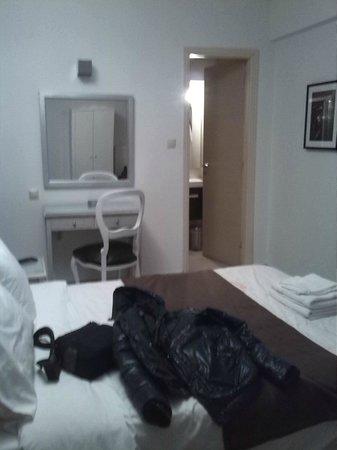 Adonis Hotel: Habitación doble