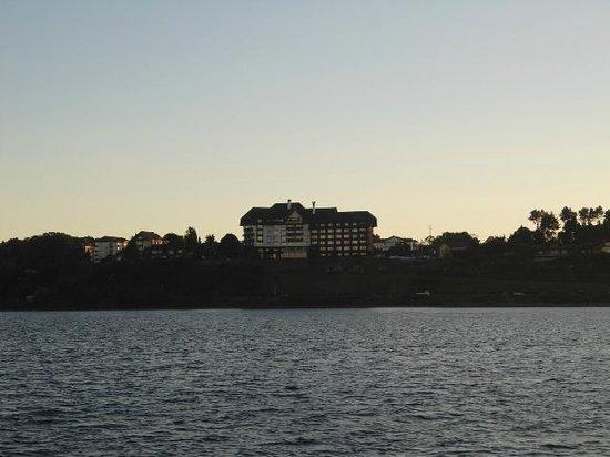 Sailing Capitan Haase: Hotel Cumbres Puerto Varas, desde Capitán Haase.