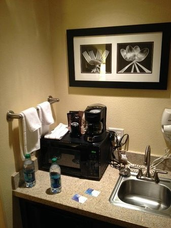 SpringHill Suites Portland Vancouver : clean and organized