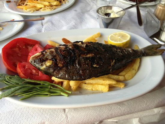 Maro's Taverna: poisson jour