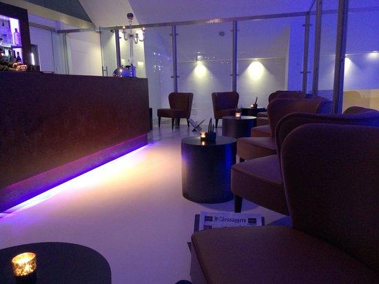 Rome Life Hotel: Bar area