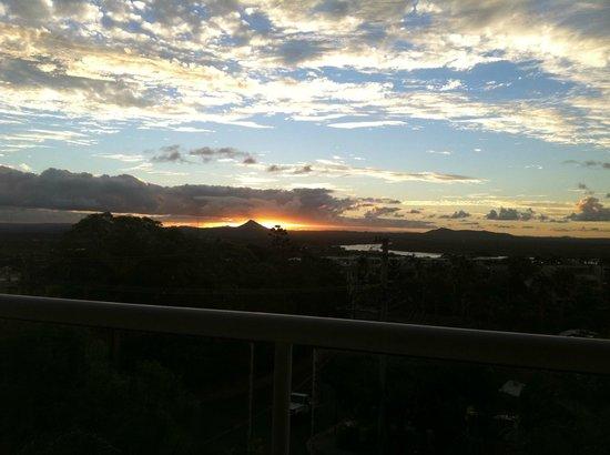 Bali Hai Apartments Noosa: Sunset view from main balcony