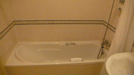 Grande Hotel de Paris: Baño