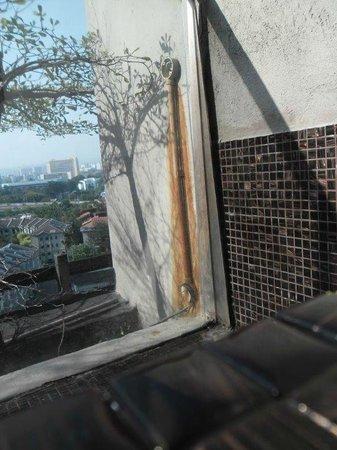 Fairlane Hospitality myHabitat2: Electrical wires getting wet alongside pool
