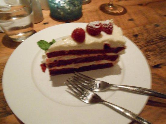 Hobnob Kitchen & Bar: Red Velvet