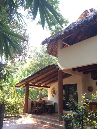 Los bungalows de Carlo scuba increibles para dormir la noche e ir a bucear todo el dia