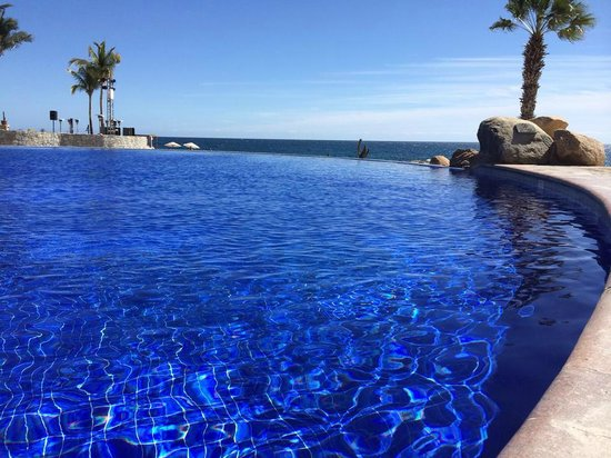Grand Fiesta Americana Los Cabos All Inclusive Golf & Spa: Infinity Edge looking out to the Ocean