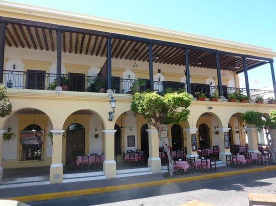 Pueblo Bonito Emerald Bay: Old Town Mazatlan