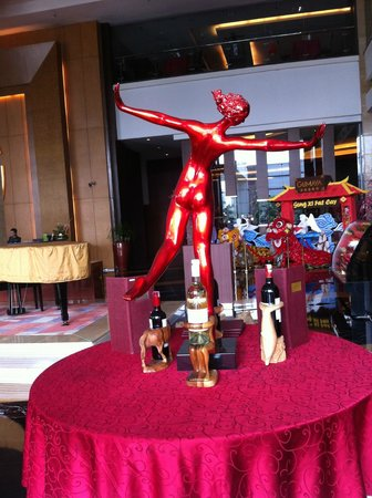 Gumaya Tower Hotel Semarang: Chatter Executive Lounge (Smoking Area)