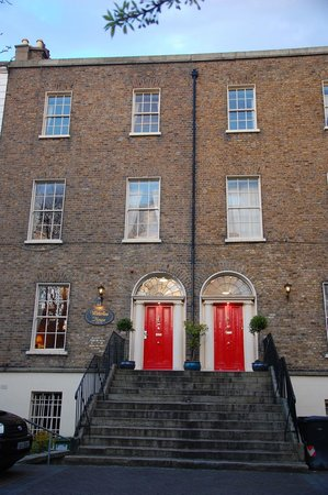 Waterloo House: The two red doors