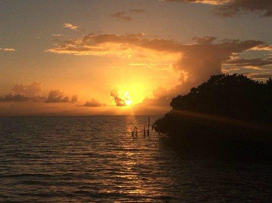 Yok Ha Resort: Sunset from main porch area