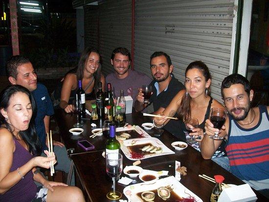 Sushi Los Amigos: new friends