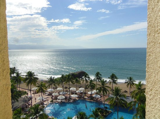 Sheraton Buganvilias Resort & Convention Center: View fromt the 20th floor