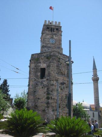 Antalya Saat Kulesi : Часовая башня Анталии
