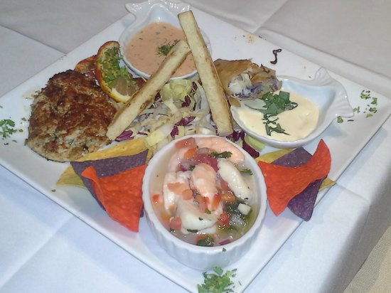 El Mar Seafood Restaurant: Appetizers: crab cake, ceviche and lump crab spring rolls