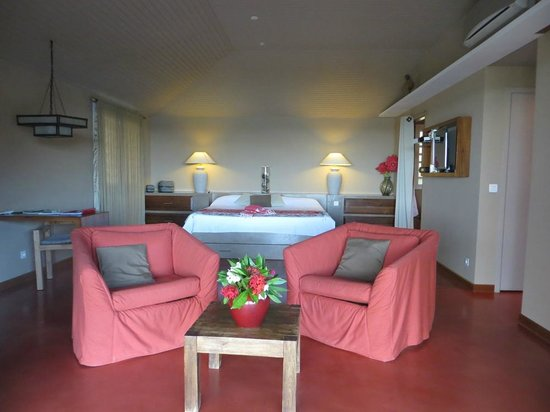 Karibuni Lodge : Beautiful, modern room