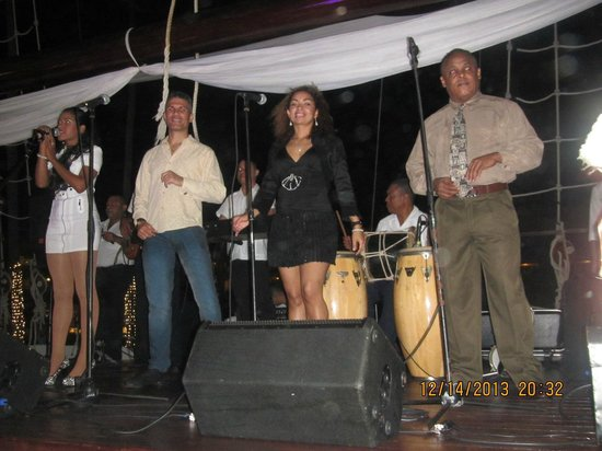 Iberostar Grand Hotel Bavaro: Live Dominican Band on the ship