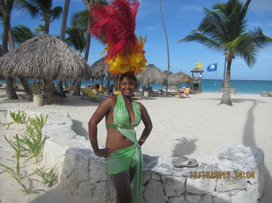 Iberostar Grand Hotel Bavaro: A Star Friend dressed up for the show that night