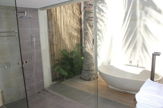 Sunsea Resort : Outdoor bath