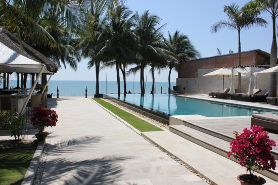 Sunsea Resort : Pool/Bar
