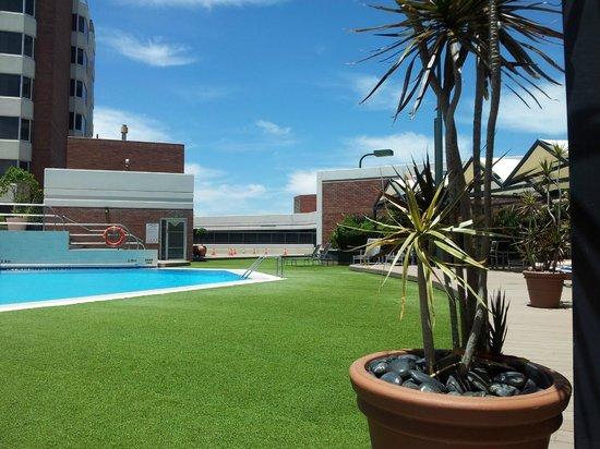Hyatt Regency Perth: looking south east to tennis court Jan 2014