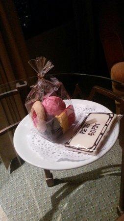 Baiyoke Sky Hotel: Welcome gifts