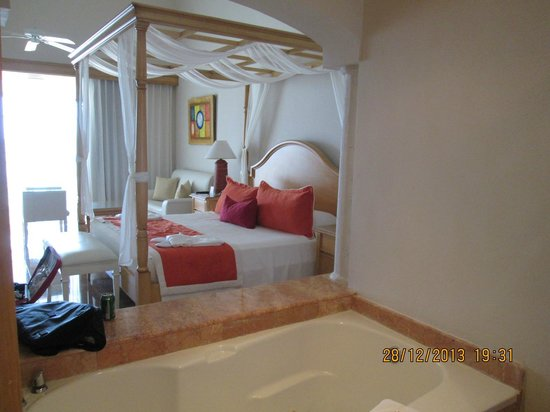 Be Live Collection Punta Cana: Master Suite
