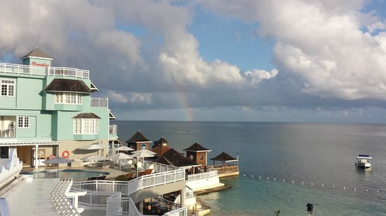 Beaches Ocho Rios Resort & Golf Club: Rainbow without the rain!