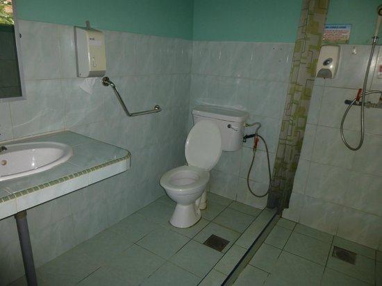 Abai Jungle Lodge: bathroom