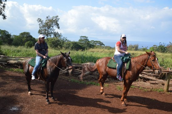 Happy Trails Hawaii: Me and my Mum