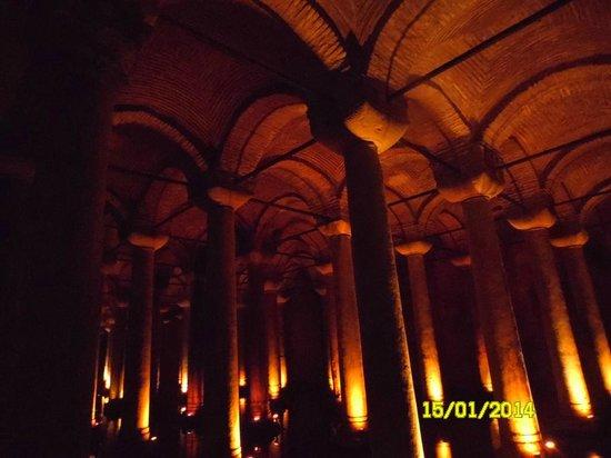 Citerne Basilique (Yerebatan Sarnıcı) : Цистерна Базилика