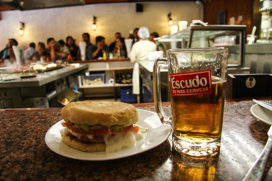 Fuente Alemana: Oozing goodness and a nice chilled beer