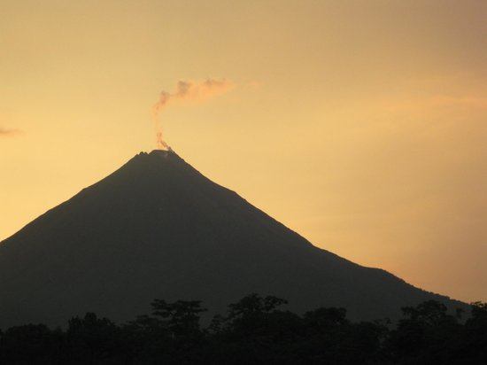 Hotel Lavas del Arenal: Great views of the volcano.