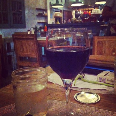 Rolling Fork: Red Wine