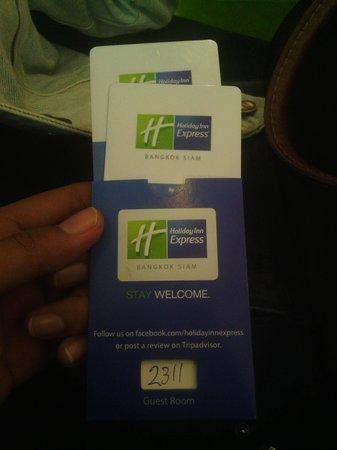 Holiday Inn Express Bangkok Siam: cardkey