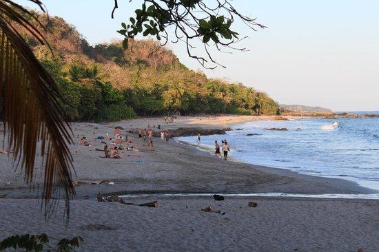 Three Monkeys: Montezuma beach, left side