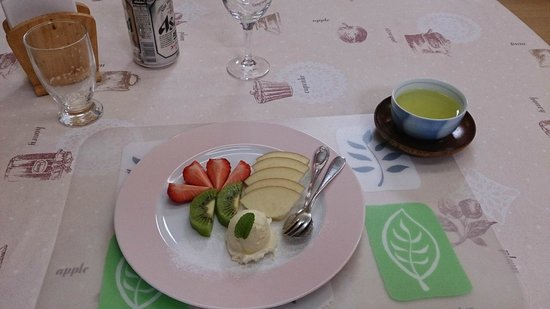 Resort Inn Miwa: Dinner's Desert