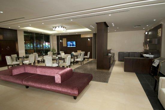 Dior Apartments : منطقة بهو الفندق