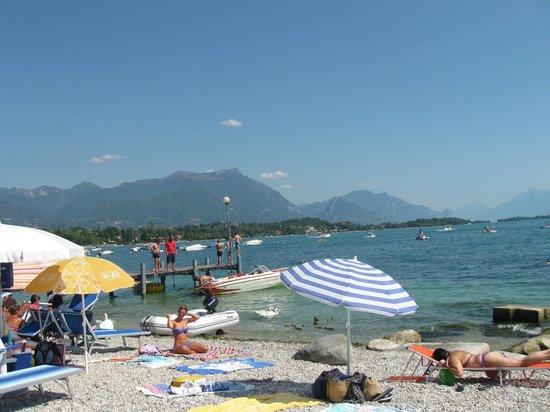 Hotel Donna Silvia: Hotel a una breve camminata(700 metri)da plage' La Romantica'