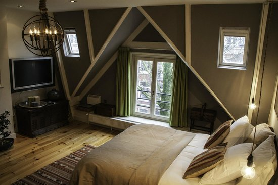 Dashwood Bed and Breakfast Amsterdam: Mountain Grand Deluxe
