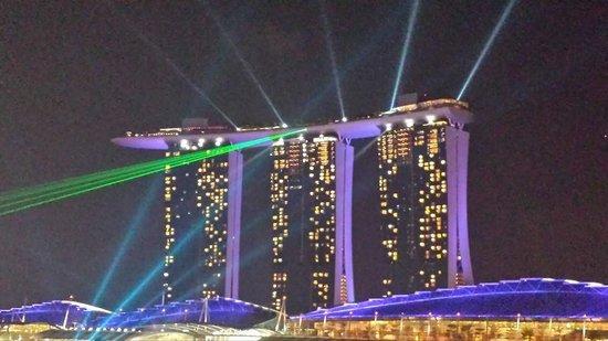 Lantern Rooftop Bar: Amazing Views