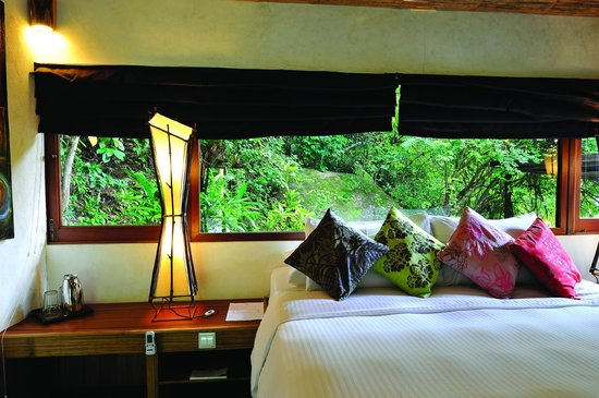 Japamala Resort by Samadhi: Interior of Jungle Luxe Sarang