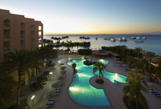 Hurghada Marriott Beach Resort : Winter heated swimming pool