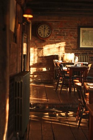 The Old Crown: Dining Area