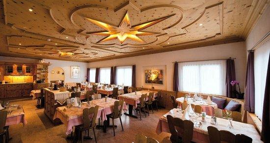 Hotel Chesa Grischa: Speisesaal