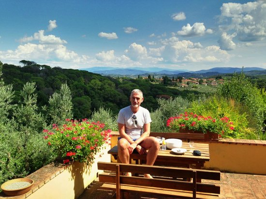 Agriturismo Il Pintello: Stunning view from the breakfast balcony