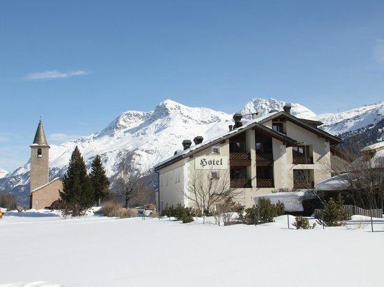 Hotel Chesa Grischa: Aussenausicht