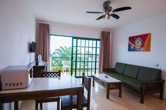 Apartamentos Los Marinos: Salón