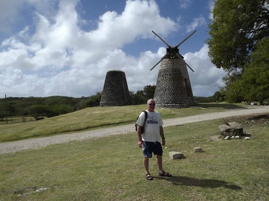 Antigua V.I.P. Tours : Sugar Mills
